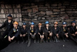 رییس انجمن زغالسنگ: دولت ۱۳ هزار شاغل این صنعت را دریابد